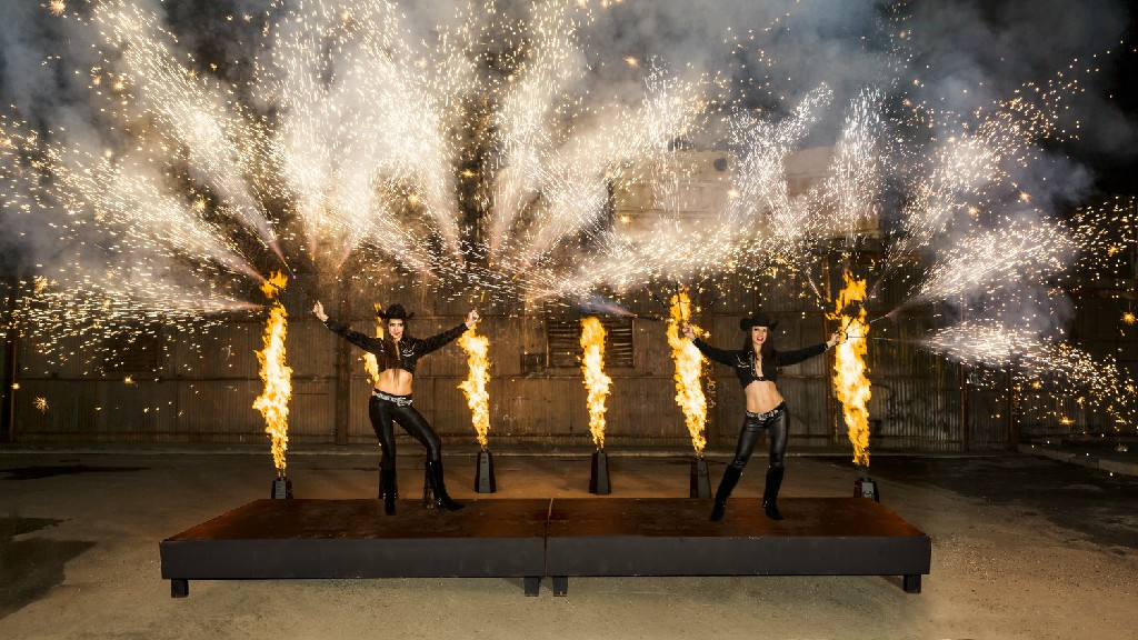 pyro-dancers