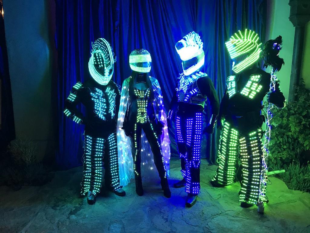 led-robots