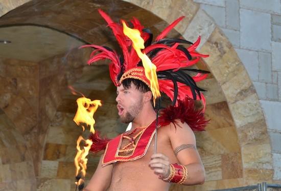 carnivalfireshow1